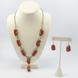1970s Coral Necklace and Earring Set