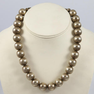 1970s Silver Bead Necklace