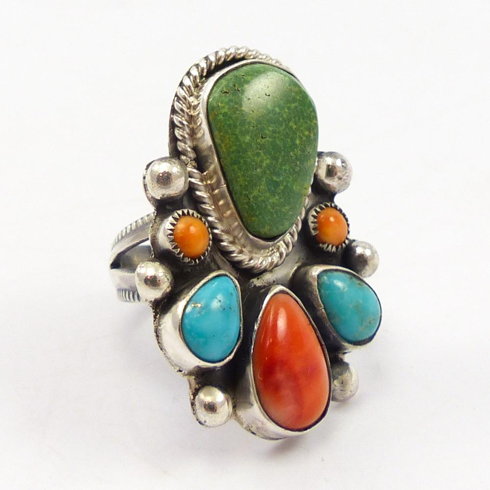 Multi-stone Cluster Ring