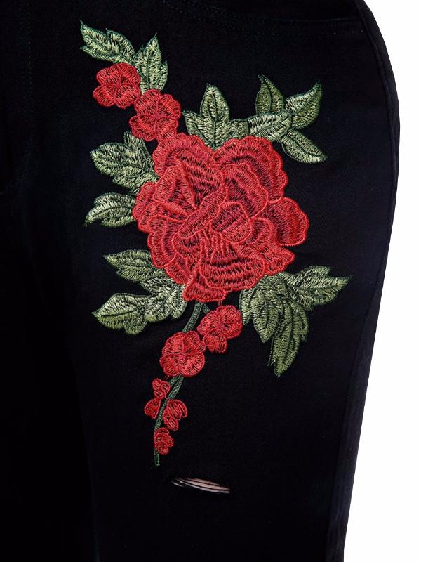 Chellysun Rose Embroidery Hole Jeans