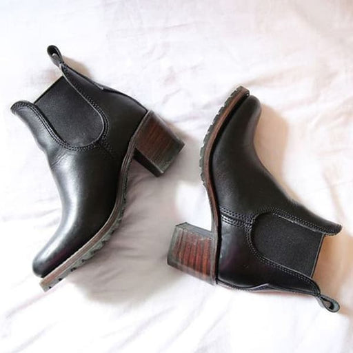 Chellysun Chunky Cleated Heel Chelsea Boots