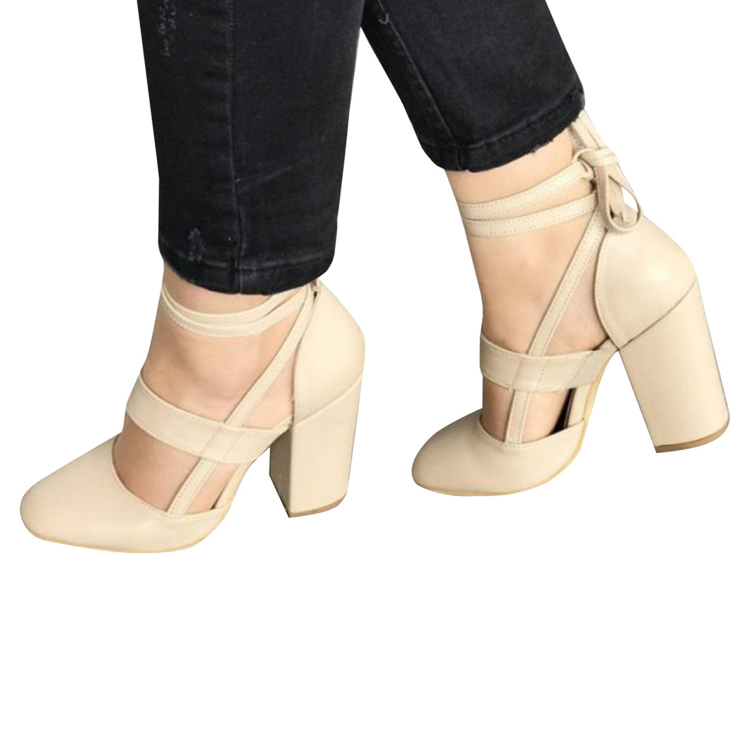 Chellysun Strappy Leather Chunky Heels