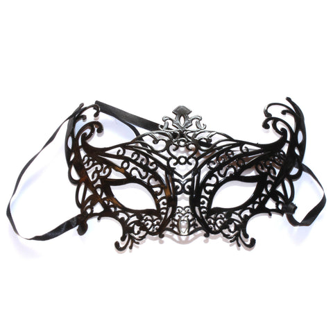 Cat-Eye Oversized Mask