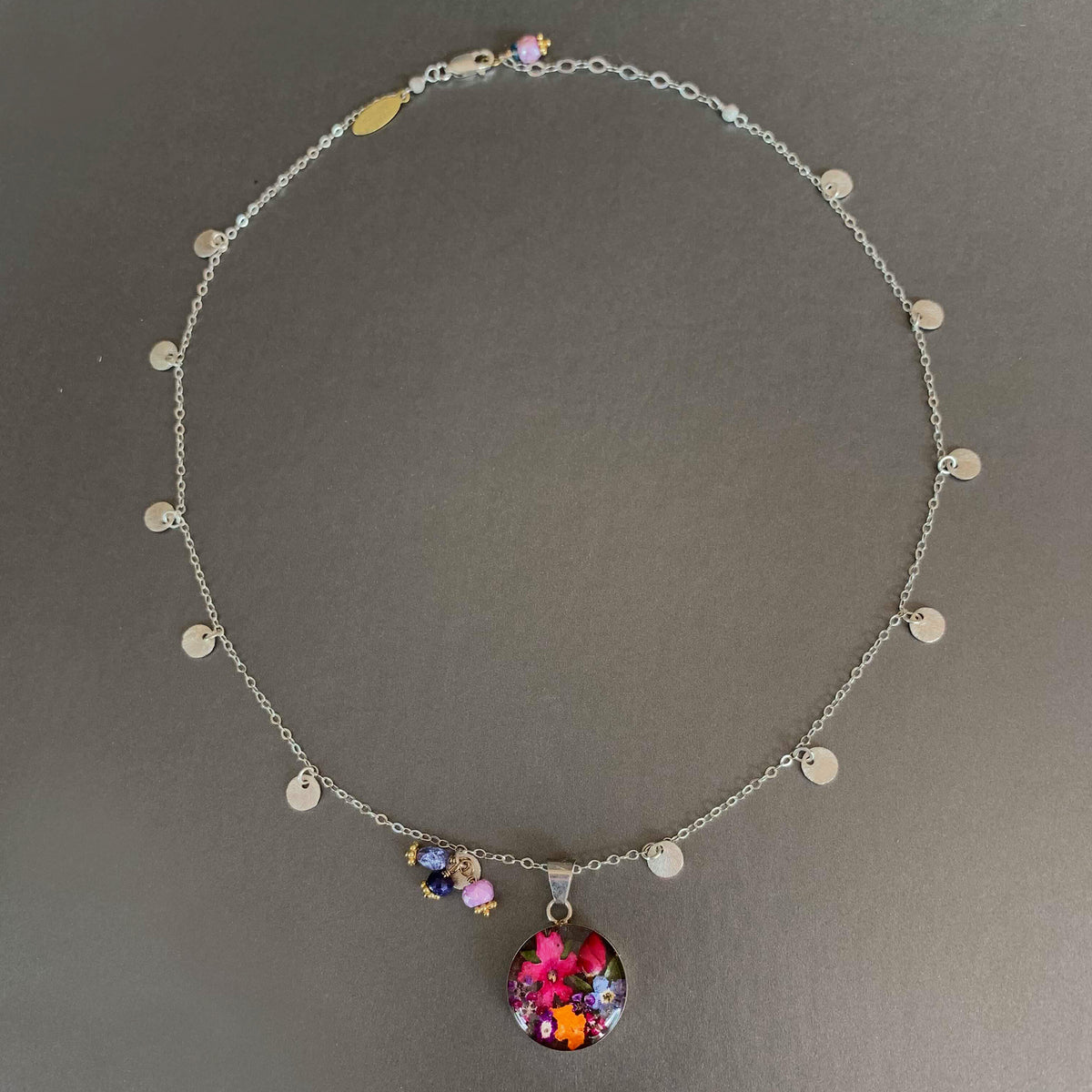 El Jardin Magnifico necklace
