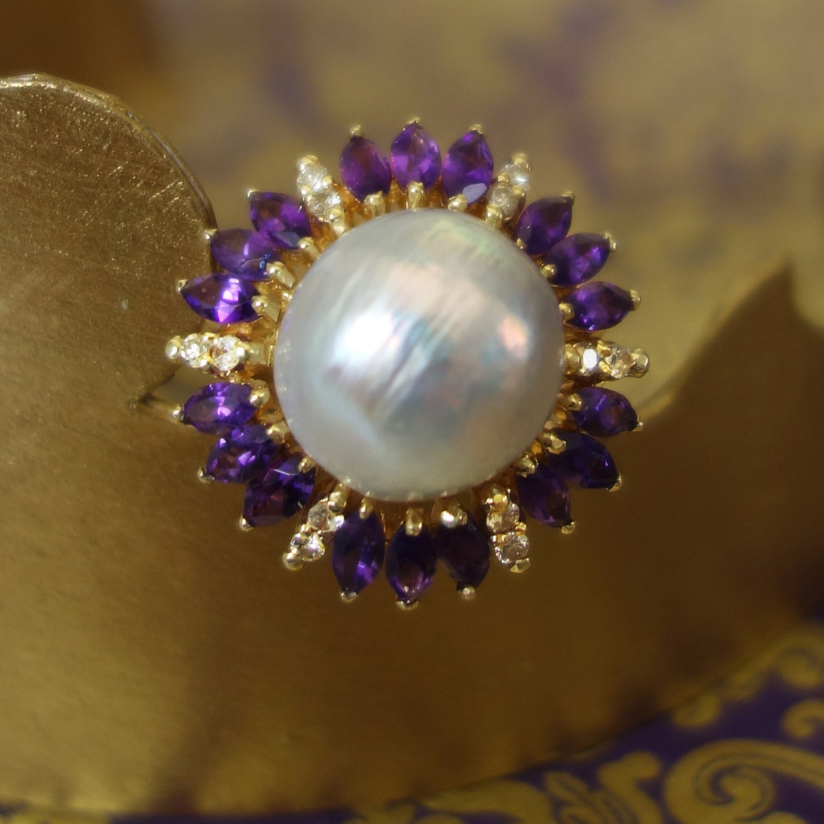 Luscious Jewels: pearl, diamond, amethyst and gold ring