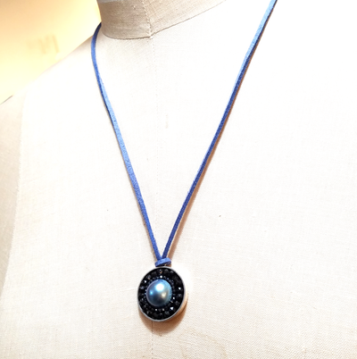 Iconic Mosaic Necklace of Peacock Mave Pearl Surrounded by Black Sapphire, 22mm, on Greek Leather, 42""