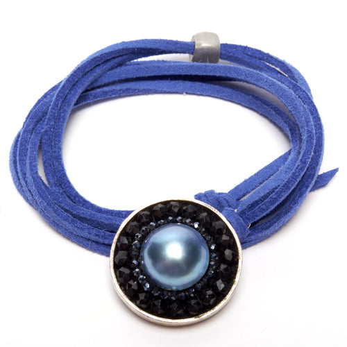 Peacock Mabe Pearl and Black Sapphire Mosaic Necklace