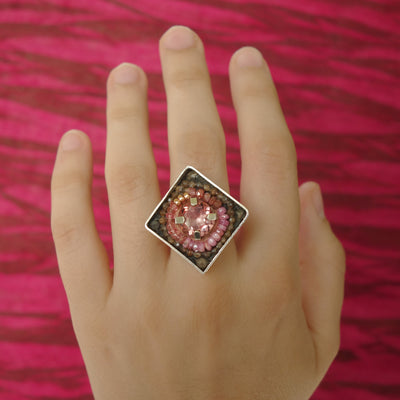 Color changing Alexandrite and pink sapphire mosaic ring