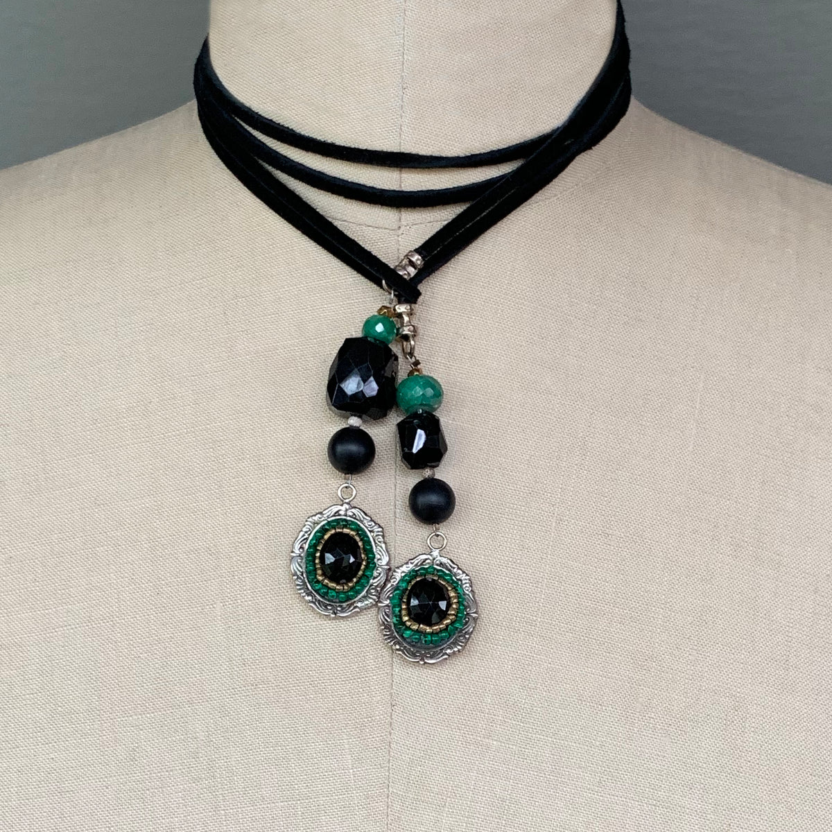 Arzouman™ Malachite, Onyx, and Emerald Mosaic Lariat