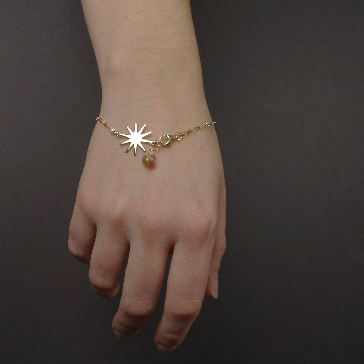 Sun, Sun, Sun, here it comes bracelet: yellow/rose gold and moonstone