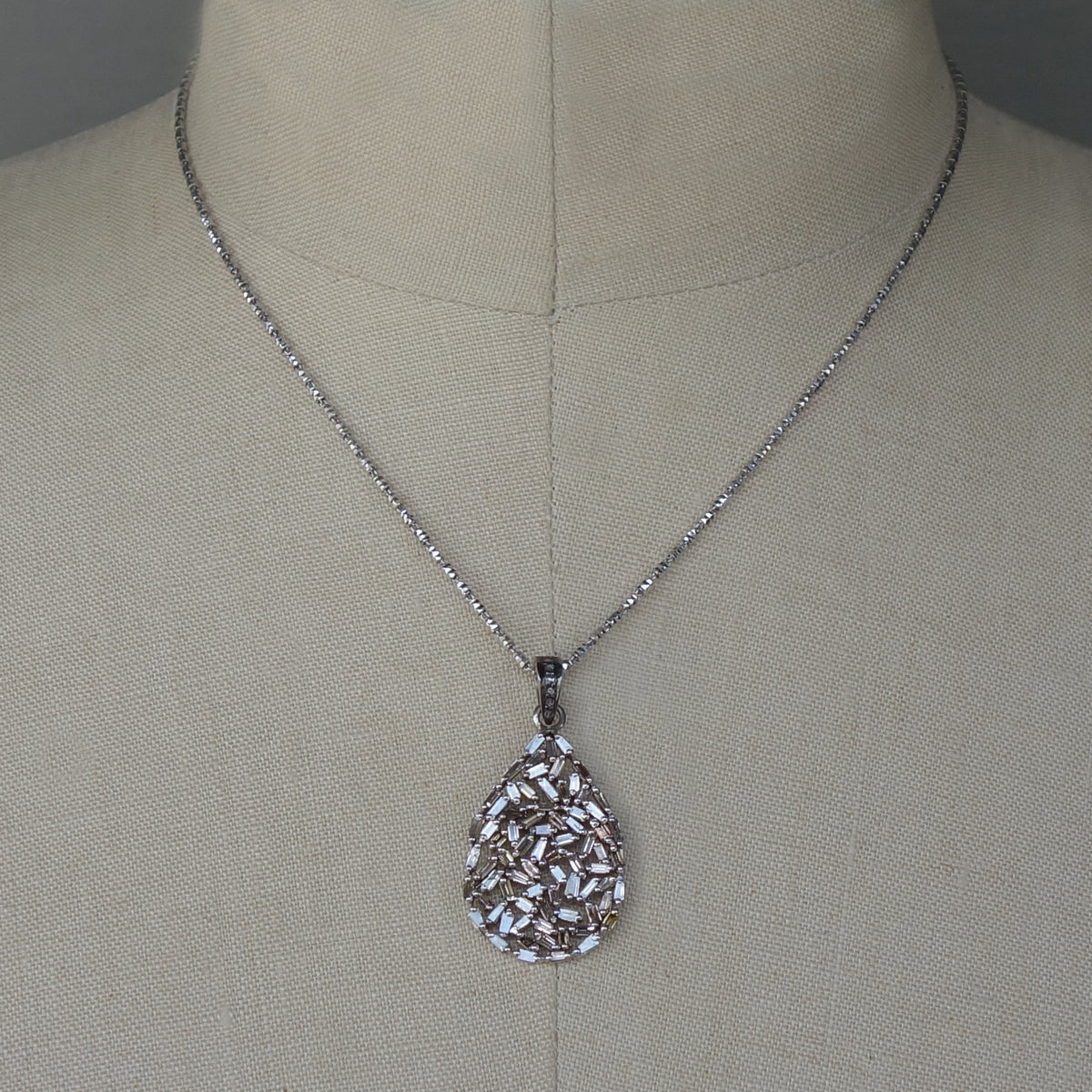 I'm Falling for You Teardrop Diamond necklace