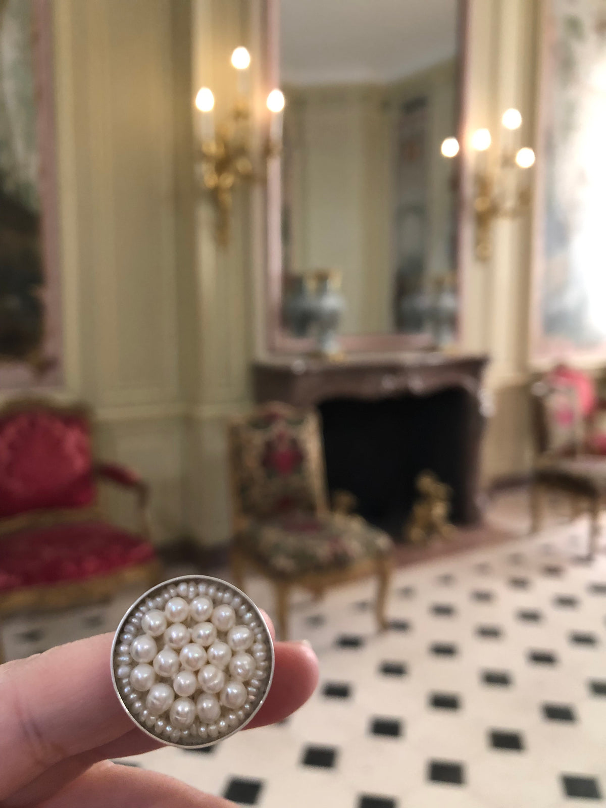 White Pearl Iconic Mosaic Ring (Wanderlust Paris)