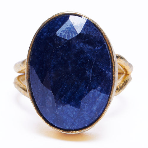 Solitaire faceted gem in fully adjustable ring - blue sapphire