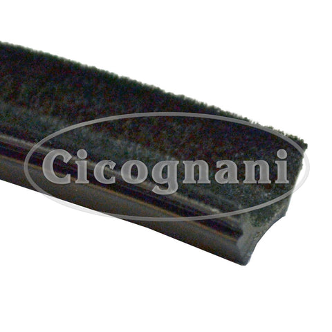 Fiat Nuova 500/500D LH/RH Glass Guide Channel, Front