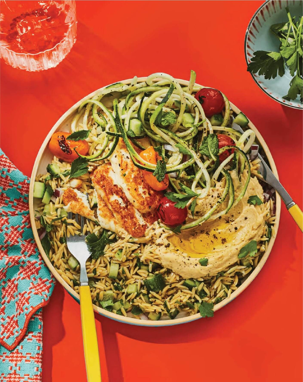Banza rice with hummus and zucchini noodles