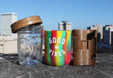 "8oz Rasta Tie-Dye ""Good Vibes"" Re:Stash (Includes a Re:vider)"