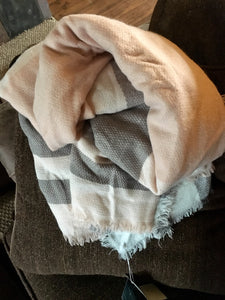 Blanket scarf plaid