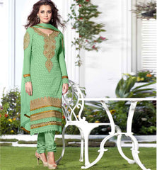 Dia mirza in greeen georgette salwar suit