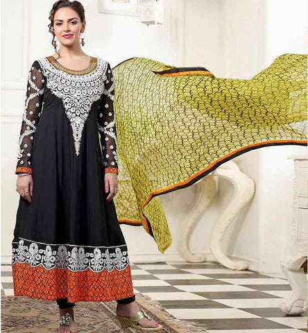ESHA DEOL IN BLACK ANARKALI DRESS