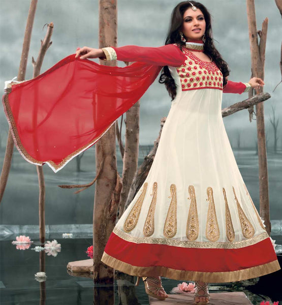 Bhagyashree in cream colour anarkali dress.