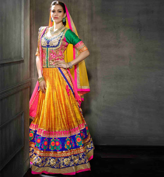 Stunning traditional 3pc Indian Lengha choli for wedding receptions