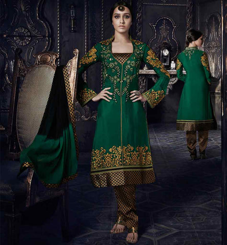 shraddhakapoor traditional-salwar-kameez  dark geen kurti and golden salwar.