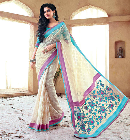33210 CLASSY CREAM SAREE FROM SONAKSHI SINHA MOVIE HOLIDAY RTHS33210<br /> - STYLSIHBAZAAR - HOLIDAY - AKSHAY KUMAR - SONAKSHI SINHA - VISHAL FASHIONS SURAT