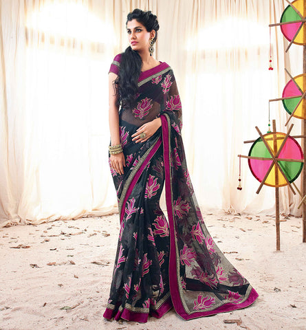 33212 BLACK JUTE SAREE FROM BOLLYWOOD MOVIE HOLIDAY RTHS33212 - STYLSIHBAZAAR - HOLIDAY - AKSHAY KUMAR - SONAKSHI SINHA