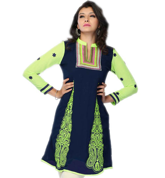 MODERN INDIAN WOMEN CHOICE SHORT STYLE EMBROIDERED KURTI WITH JEANS