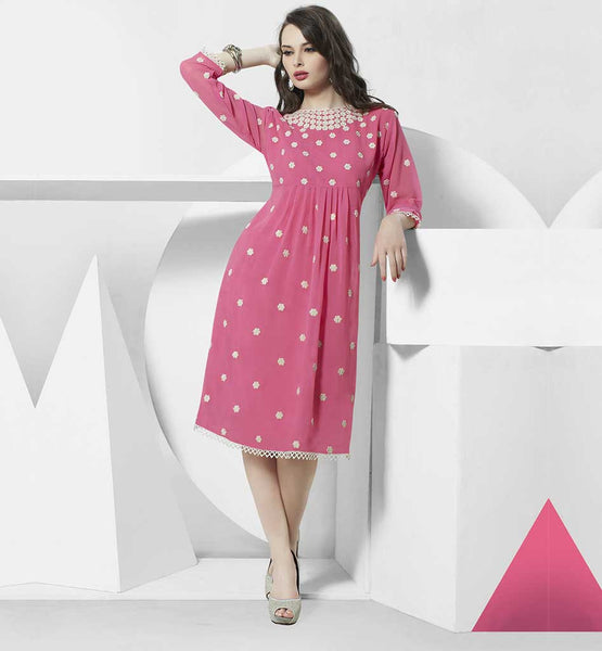 TRENDY DESIGNER KURTIS ONLINE SHOPPING FOR FASHIONABLE LADIES DUSTY PINK GEORGETTE KNEE HEIGHT KURTI WITH SANTOON ASTAR