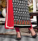 BLACK AND OFFWHITE PRINTED STRAIGHT CUT KAMEEZ WITH CONTRAST SALWAR AND DUPATTA AKSHARA BOLLYWOOD ACTRESS IN SHALWAR SUITS CELEBRITY INDIAN DRESSES