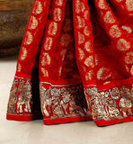 TRADITIONAL-STYLE-APPAREL-WITH-ANCIENT-INDIAN-KINGS-PAINTING-STYLE-DESIGNING-ON-THE-LACE-BORDER-ENGAGEMENT-SAREES-WITH-ULTIMATE-AND-UNIQUE-BLOUSE-STYLES