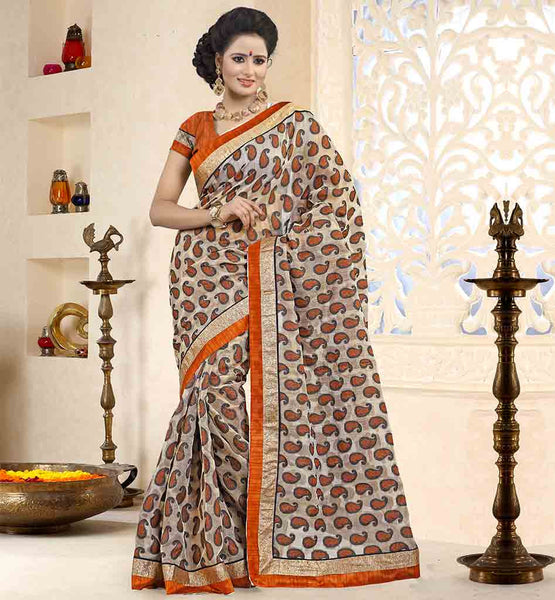 STYLISH-SAREE-DRAPING-STYLE-DESIGNS-WITH-PRETTY-BLOUSES-COLLECTION-COMFORTABLE-COTTON-MATERIAL-BEIGE-COLOR-SARI-WITH-CONTRAST-ORANGE-PURE-DUPION-BLOUSE