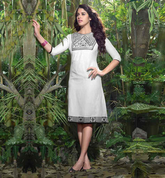 STYLISH PARTY WEAR KNEE HEIGHT LINEN KURTI NICE DESIGNING ON NECK