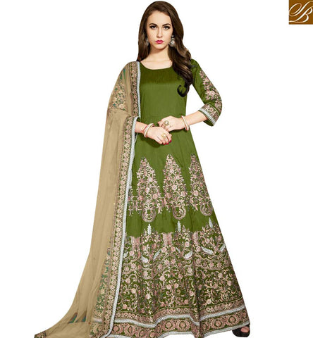 STYLISH BAZAAR MARVELOUS ANARKALI GREEN COLOUR BANGLORI SILK DESIGNER SUIT WITH EMBROIDERY AND NET DUPATTA AVTW12005