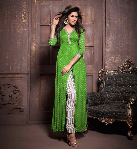 EVER STYLISH SALWAR KAMEEZ DESIGN WITH HEAVY EMBROIDERED SALWAR