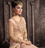 LOVELY MODERN SALWAR KAMEEZ DESIGNS CONSIST ZARI, EMBROIDERY AND LACE WORK THIS SIMPLE KAMEEZ DESIGN LOOKS GOOD ON ANYONE