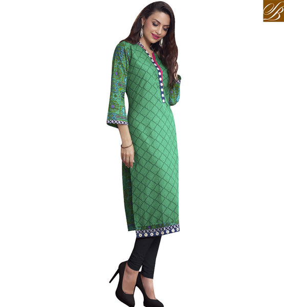 STYLISH BAZAAR PLEASING GREEN CHECKS COTTON DESIGNER LONG KURTI WITH HYNECK STYLE RTBNT1503
