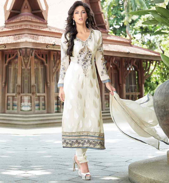 BEAUTIFUL STRAIGHT CUT SALWAR KAMEEZ SUIT  STRAIGHT CUT SALWAR KAMEEZ IN CASUAL STYLE 2015