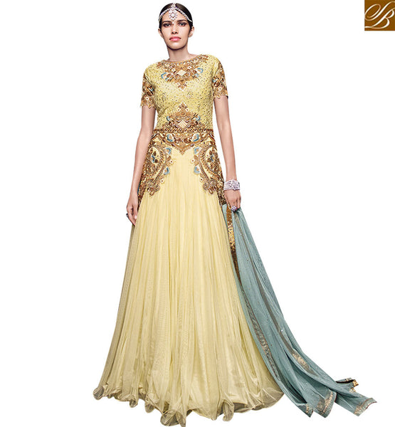 STYLISH BAZAAR DAZZLING CREAM NET DESIGNER ANARKALI SALWAR KAMEEZ HAVING GLORIOUS EMBROIDERY WITH GOWN STYLE VDVVK18500