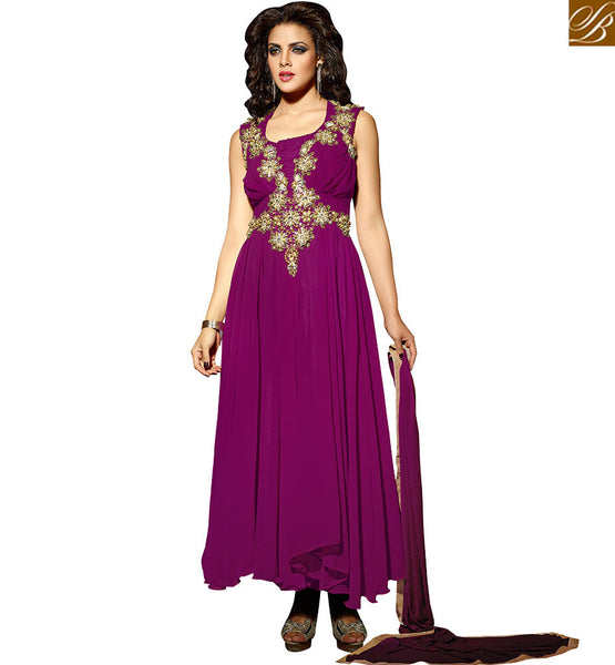 FROM STYLISH BAZAAR NOTABLE DESIGNER FLOOR LENGTH SALWAAR KAMEEZ VDKAS203