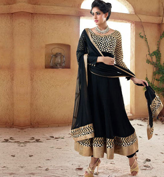 BEAUTIFUL BLACK ANARKALI FROM THE MOVIE HOLIDAY VSHD3009 - STYLISHBAZAAR - Holiday Dresses, Desigern Bollywood Collection, Holiday movie Salwar kameeez,
