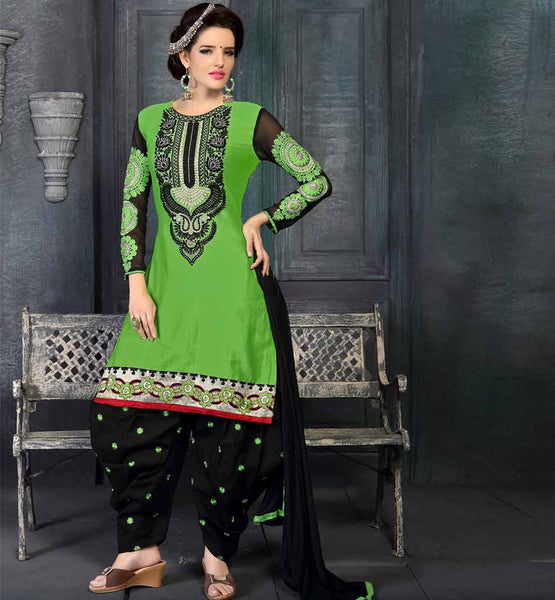 GREEN KURTI & PATIALA SALWAR VDWON4002 STYLISHBAZAAR SHOP ONLINE BEST  ECOMMERCE  SHOPPING WEBSITE