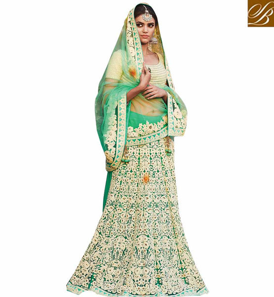 STYLISH BAZAAR HEAVILY EMBROIDERED DESIGNER SAREE AND BLOUSE FOR SPECIAL CELEBRATIONS RTDUL44