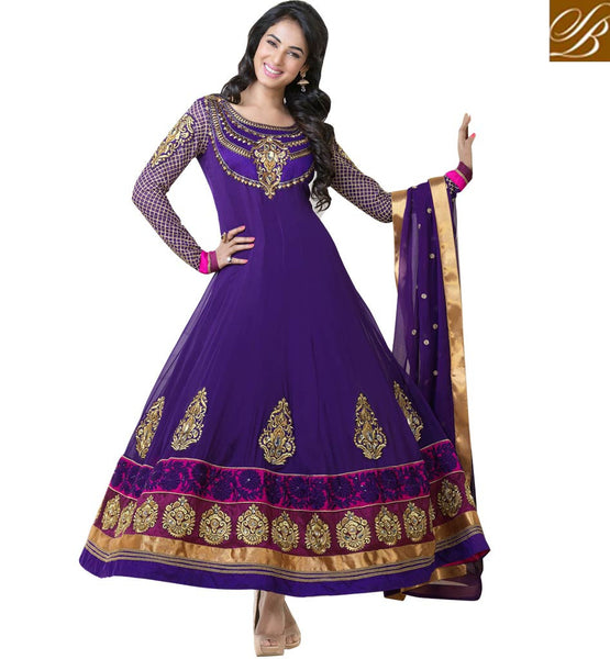 Sonal Chauhan in Wedding Anarkali dress