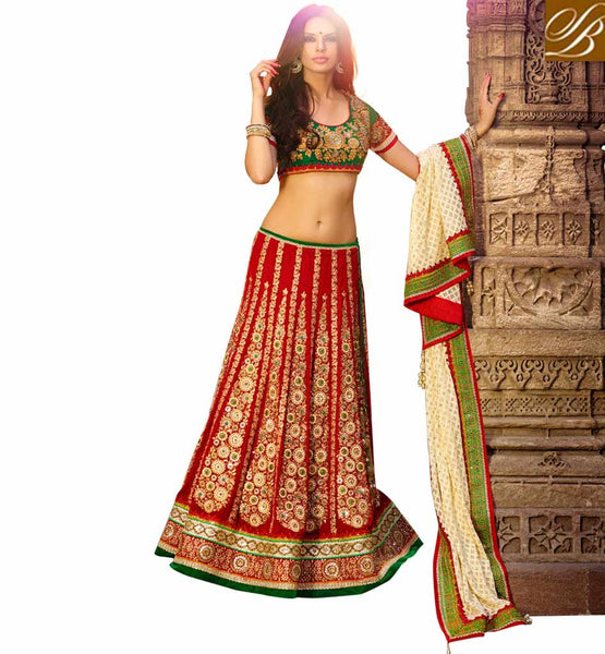 BEAUTIFUL DRESS FOR WEDDING RECEPTION BRIDAL LEHENGA CHOLI ONLINE