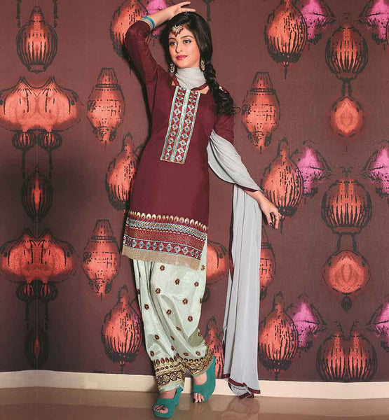 SOHNI MUTIYAAR PATIALA SALWAR KAMEEZ WITH HEAVY EMBROIDERY NECK