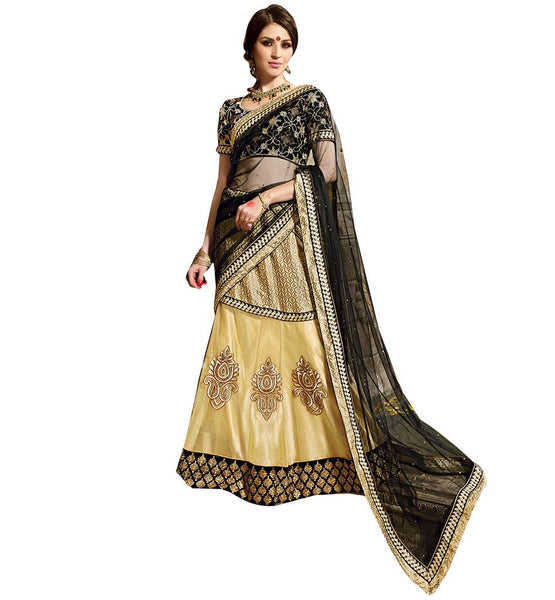 A STYLISH BAZAAR PRESENTATION ELEGANT MIX OF BLACK AND CREAM IN A 3 PIECE LEHENGA SARI RTARIJ9057