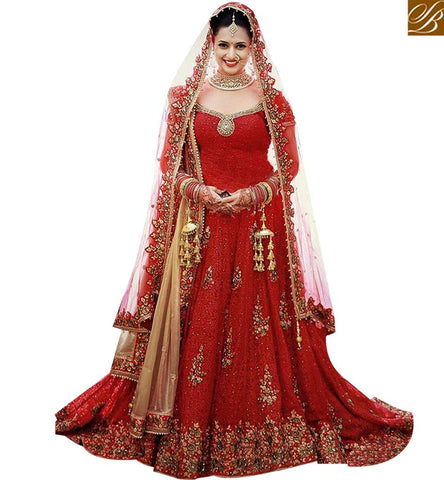 STYLISH BAZAAR WEAR INDIAN TRADITIONAL WEDDING WEAR LEHENGA SAREE DISPLAYING PERSONIFIED EMBROIDERY NKNET5069