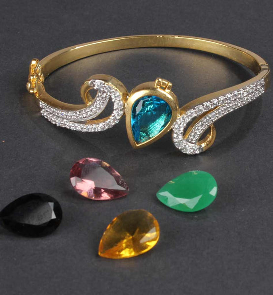 Jewelery chopping India - bangle with extra stones